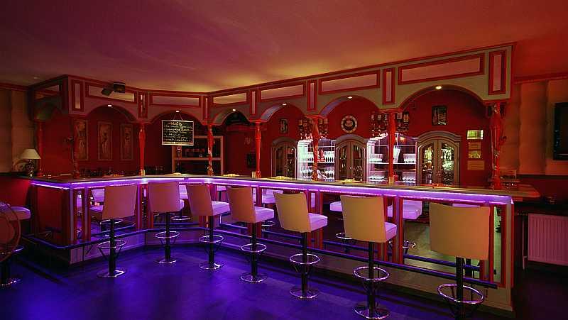 bar-01 - Swingers Club Directory