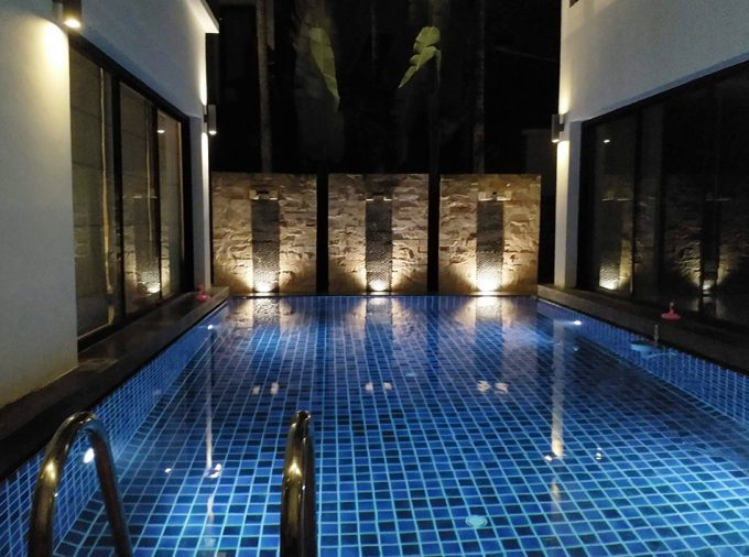 Coco Swinger Resorts Pool